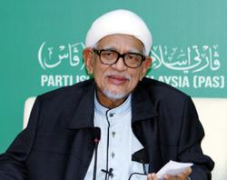 PAS president Hadi Awang admitted to IJN for treatment