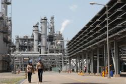 Lotte Chemical posts record quarterly net profit