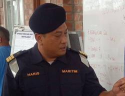 MMEA seizes three illegal 'bubu naga' traps, spotted while patrolling off Melaka waters