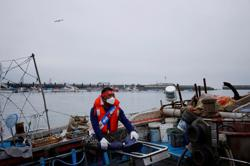 South Korean fishermen hold boat protests against Japan nuclear plans
