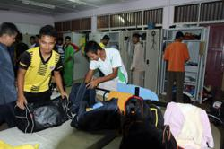 The government has allowed varsity students on campus to return home for the Hari Raya Aidilfitri holiday.