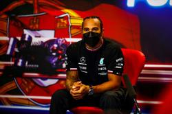 Motor racing-Mercedes to start contract talks with Hamilton soon
