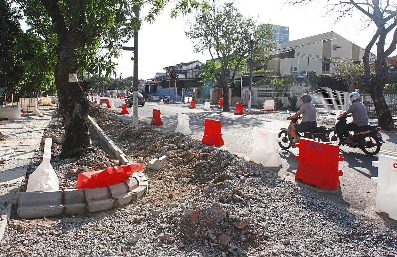 The road stretch along Jalan P. Ramlee that has been raised by 50cm. — ZHAFARAN NASIB/The Star