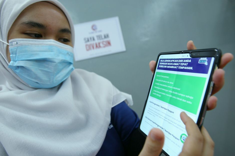 Covid-19: Malaysians receiving appointment notifications for voluntary AstraZeneca shots