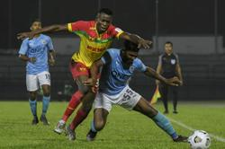 Red Giants leave it late to beat PJ City 2-1