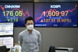 S. Korean retail investors vow war if short sellers end rally