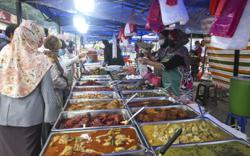 Malaysian artiste Norman Abdul Halim steers clear of Ramadan bazaar