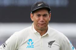 Cricket-New Zealand suffer Taylor injury scare before England tour