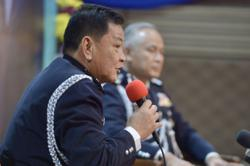 Don't blindly criticise me, former IGP tells politicians