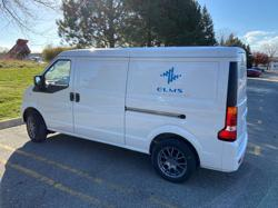 Cox Automotive signs service deal with U.S. commercial EV maker