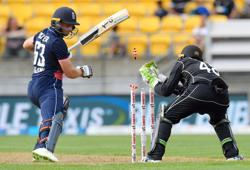 Cricket-New Zealand replace England as top-ranked ODI team