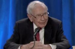 Insight - Warren Buffett sees a 'red hot' economy with creeping inflation