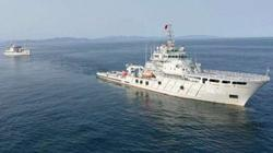 Two Chinese ships arrive in Indonesia to help salvage sunken sub