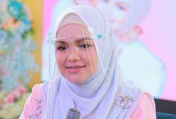 Cops record statements from eight over tahnik ceremony for Siti Nurhaliza's second child