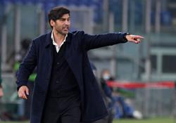 Soccer-Coach Fonseca to leave Roma at the end of the season