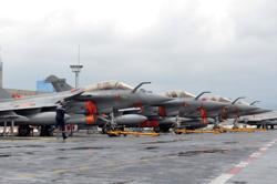 Cementing Egypt security ties, France seals large warplane deal