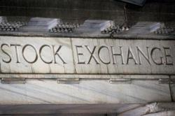 US, Europe stock markets fall 0.5% in minutes, leaving traders perplexed