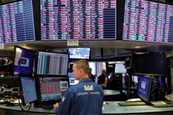 ANALYSIS-SPAC returns trail S&P 500 as retail investors temper interest