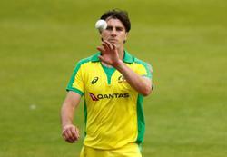 Cricket-Eight England players return home, Australians to wait in Maldives or Sri Lanka