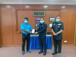 Melaka top cop meets with crime prevention group to discuss drug menace