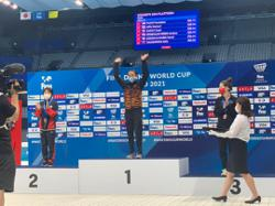 Dr Wee congratulates Pandelela for Malaysia's first gold at Diving World Cup