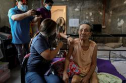 Philippines imposes travel ban on Bangladesh, Nepal, Pakistan, Sri Lanka; as Covid-19 total hits 1,073,555
