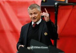 Soccer-Man Utd fans must be civilised in their protests, says Solskjaer