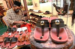 'Chapal' back in vogue due to retro appeal