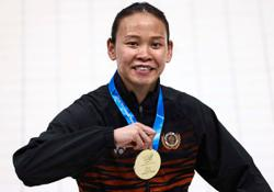 King congratulates Pandelela for FINA World Cup gold medal