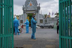 Cambodia ends blanket COVID-19 lockdown despite more infections