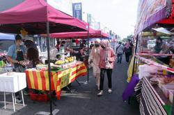 Ramadan, Aidilfitri bazaars in MCO districts can continue to operate, says Johor govt