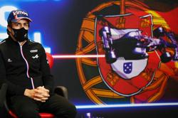Motor racing-Alonso focused on speed not struggles ahead of home return