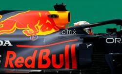 Motor racing-Red Bull hire more engine experts from F1 rivals Mercedes