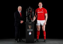 Rugby-Coach Gatland says Lions captain Jones must earn starting berth
