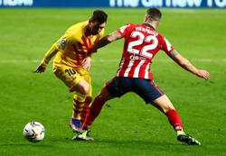Soccer-Barca aim to leapfrog Atletico but Real lie in wait