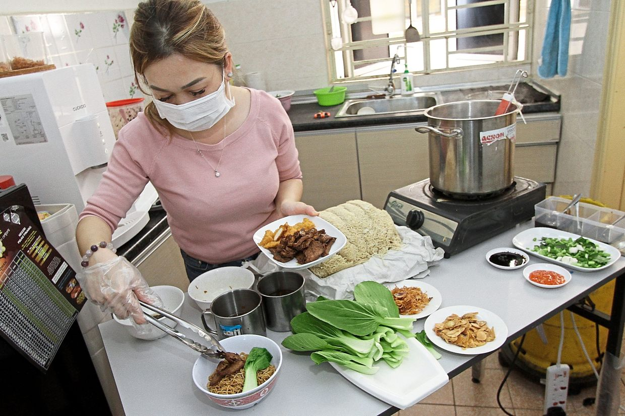 Many turn to Noor Hafizza's kolo mee cure to homesick blues