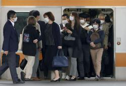 Japan government seeks to extend state of emergency to May 31