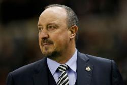 Soccer-Benitez targets return to management in Premier League