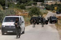 Palestinian gunmen killed after firing on Israeli base in West Bank