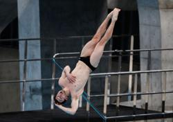 Olympics-Organisers hail diving World Cup after anti-COVID measures
