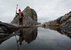 Jeffrey Kitingan braves the elements to scale Mt Kinabalu