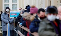 Russia reports 8,329 new COVID-19 cases, 370 deaths