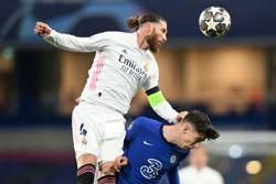 Soccer-Ramos suffers hamstring injury, may have played last game for Real