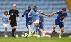 Soccer-City made to wait for title after losing at home to Chelsea