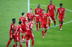 Soccer-Bayern consistency pays off with ninth straight Bundesliga title