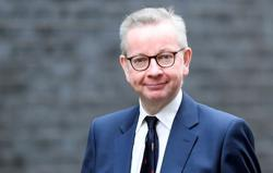 London, Edinburgh downplay risk of court battle over Scottish independence
