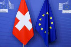 Most Swiss still back treaty deal with EU, poll shows