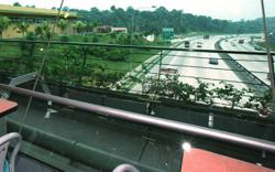 Sungai Buloh overhead bridge restaurant temporarily closed for sanitation work, says PLUS