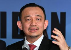 Speak up over Ain Husniza issue or resign, Maszlee tells Radzi