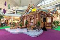 Pretty festive stories at the malls
